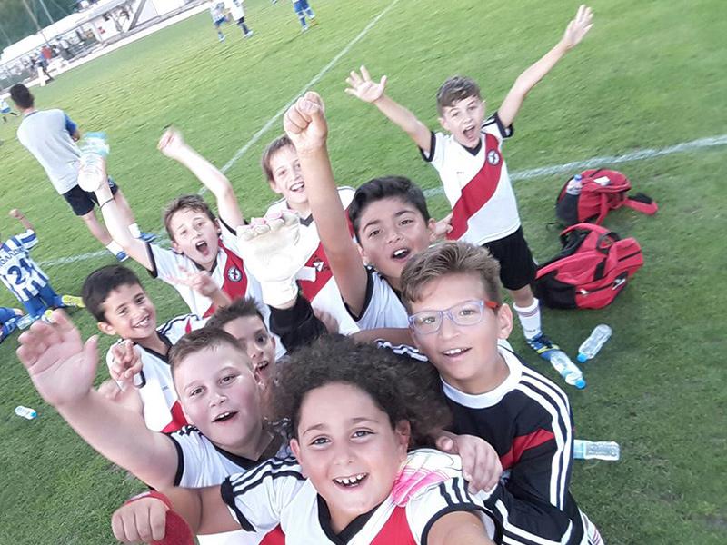 Ακαδημία Ποδοσφαίρου Μεσογείων ΝΙΚΗΤΕΣ - Ακαδημία 1